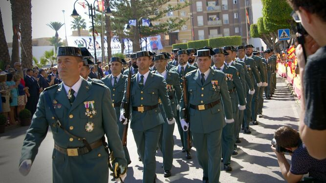 Desfile Guardia Civil Roquetas Mar
